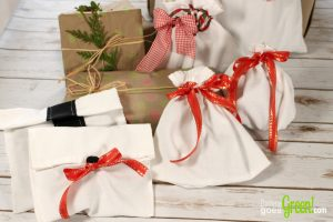 DIY Cloth Gift Bags from Napkins